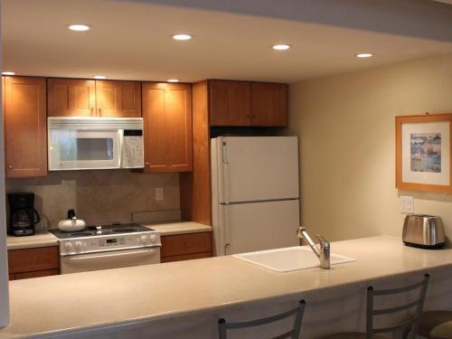 Vail International Condominiums - Vail, CO 81657