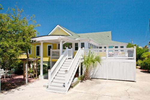 Georgianne Inn & Suites - Tybee Island, GA 31328
