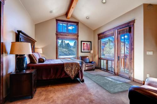 River Shores Lodge Apartment Photo