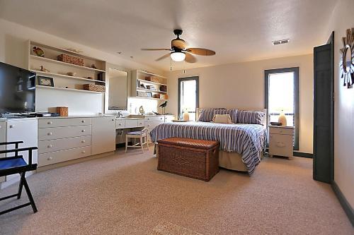 2788 West Beach Blvd Home Home - Gulf Shores, AL 36542