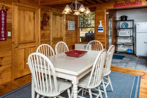 Coastal Ocean Point House Home - East Boothbay, ME 04544