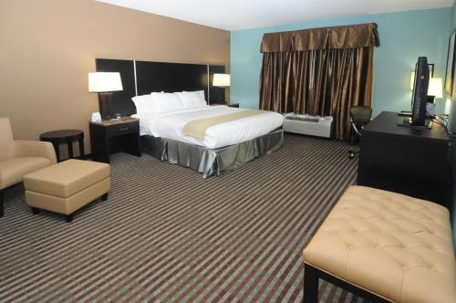 Holiday Inn Express Somerset - Somerset, PA 15501