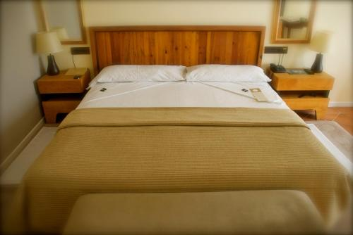 Double or Twin Room with City View - single occupancy Hotel Cigarral el Bosque 8