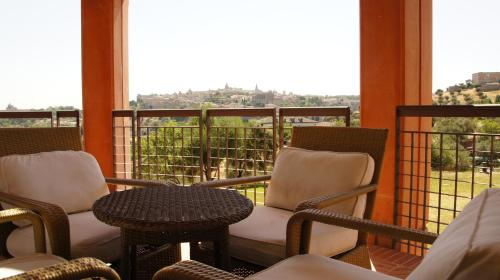 Suite Hotel Cigarral el Bosque 17