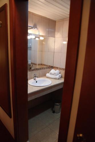 https://q-xx.bstatic.com/images/hotel/max500/127/12768453.jpg