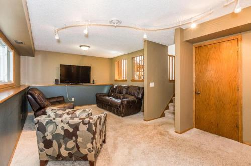 Private Room Tv&internet - Lino Lakes, MN 55014