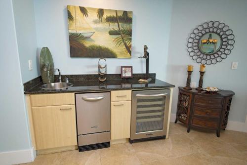 Caribe Resort 714c Condo Condo - Orange Beach, AL 36561