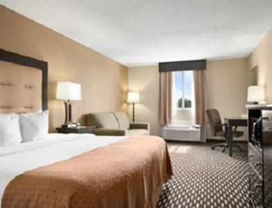 Hartford Hotel & Conference Center - East Hartford, CT 06108