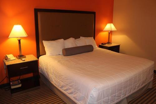 Surestay Hotel By Best Western Bellmawr - Bellmawr, NJ 08031
