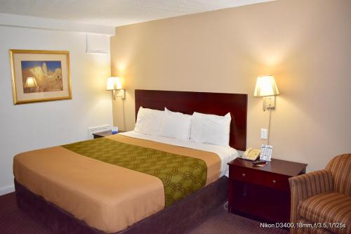 Rodeway Inn Terre Haute - Terre Haute, IN 47807