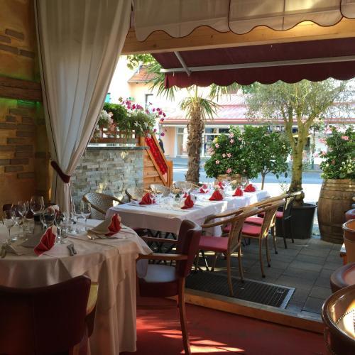 A-HOTEL.com - Hotel Ristorante La Terrazza, Planegg, Germany ...