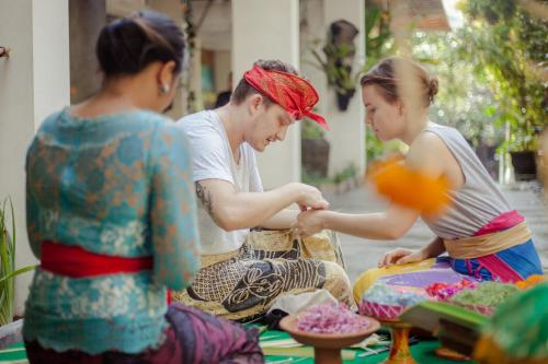 Jl Camplung Tanduk no 99, Seminyak, Bali, Indonesia.