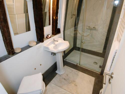 Gregoire Apartment photo 11