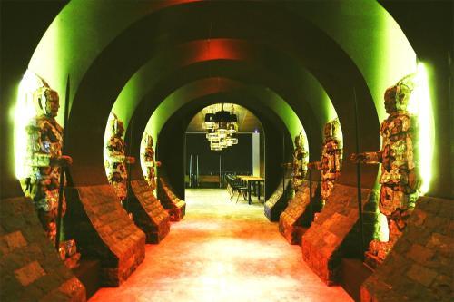Crown Vista Hotel photo 34