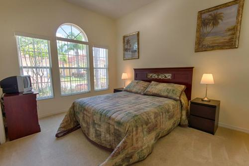 1048 Tuscan Hills Boulevard - Four Bedroom Villa