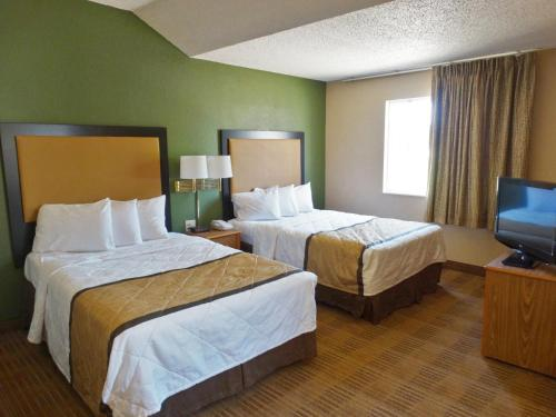Extended Stay America - Indianapolis - West 86th St. photo 13