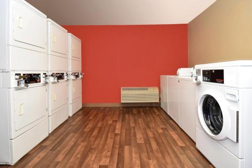 Extended Stay America - Denver - Tech Center South - Greenwood Village Photo