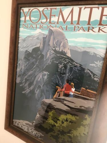 Yosemite Inn at Pine Mountain Lake Photo