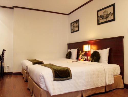May De Ville Legend Hotel photo 2