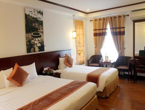 May De Ville Legend Hotel photo 3