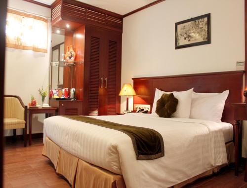 May De Ville Legend Hotel photo 4