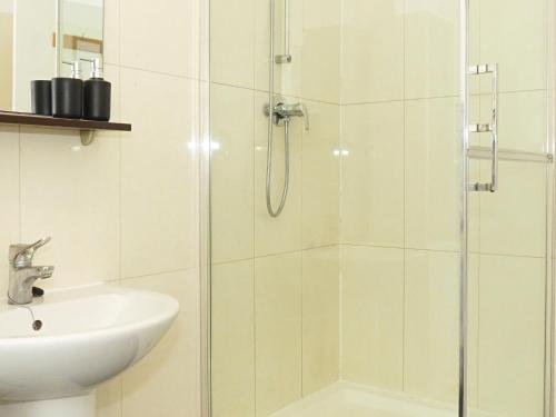Hotel Zoly Apartment - Se1 London - thumb-4