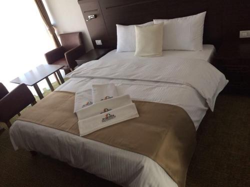 https://q-xx.bstatic.com/images/hotel/max500/128/128417432.jpg