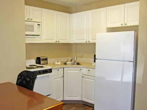 Extended Stay America - Richmond - W. Broad Street - Glenside - North photo 8