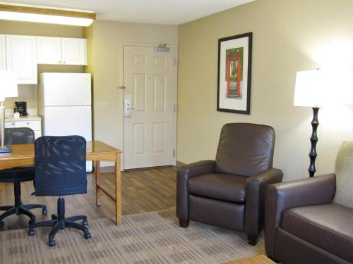 Extended Stay America - Richmond - W. Broad Street - Glenside - North photo 9