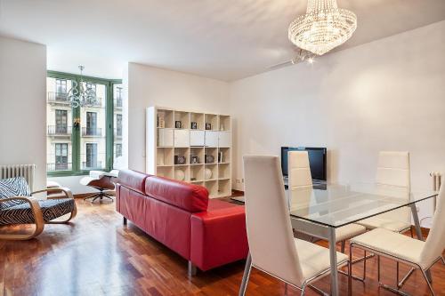 Uma Suites Luxury Downtown photo 60