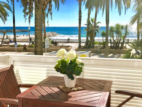 Sitges Seafront Apartment impression