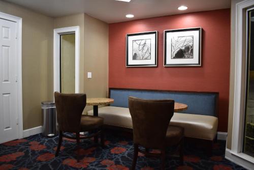 Best Western Southlake Inn - Morrow, GA 30281