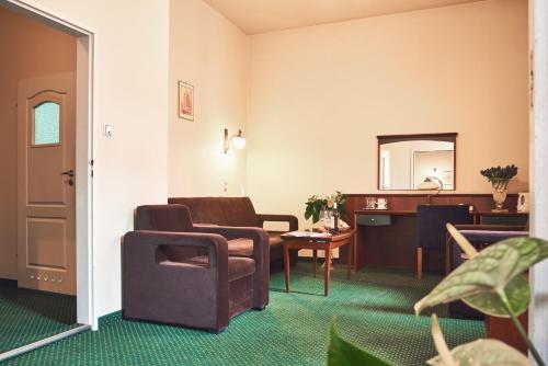 Nobilton Hotel photo 36