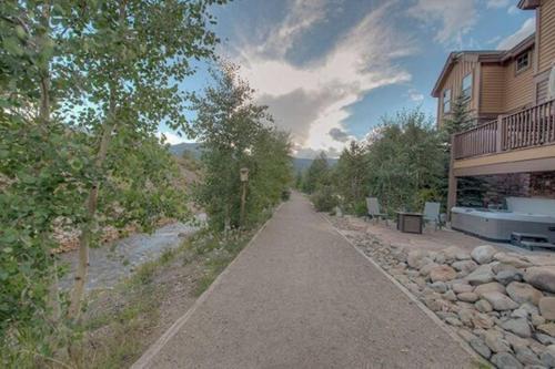 Creekside Home 202 - Breckenridge, CO 80435