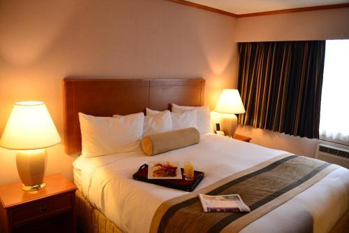 Hospitality Inn Port Alberni - Port Alberni, BC V9Y 3S2