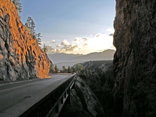 Pinewood - Radium Hot Springs, BC V0A 1M0