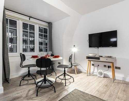 Luxury Apartments in Kensington photo 26