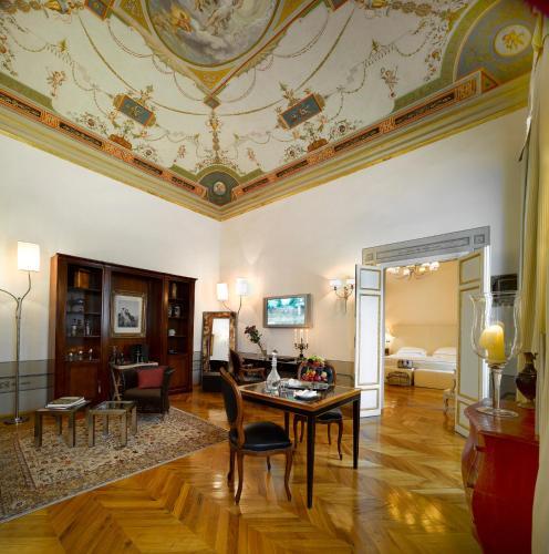 Relais Santa Croce by Baglioni Hotels photo 10