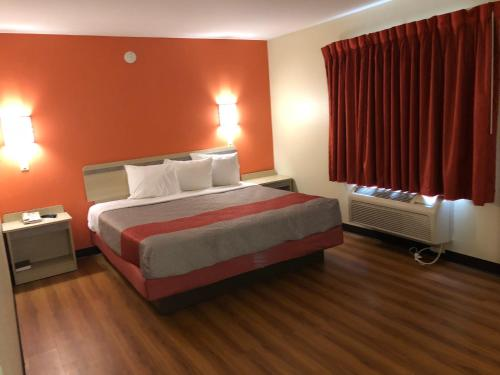 Motel 6 - Urbana Photo