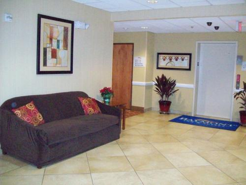 Baymont By Wyndham Savannah South - Savannah, GA 31419