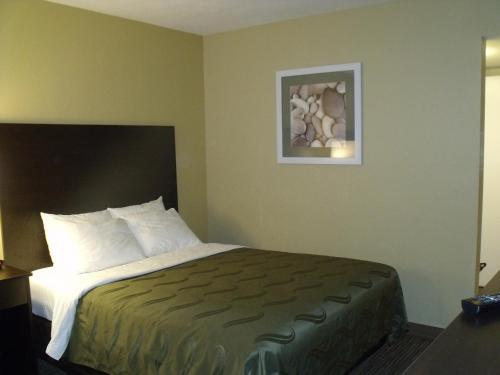 Quality Inn Winslow Photo