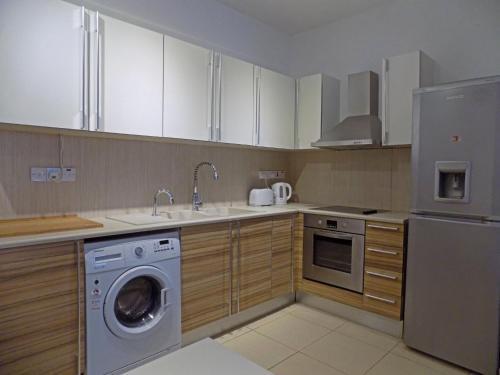 2b Ground Floor Garden Pool Apartment - Pyrgos Village