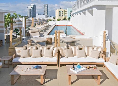 400 Ocean Drive, Miami Beach, Florida, FL 33139, United States.
