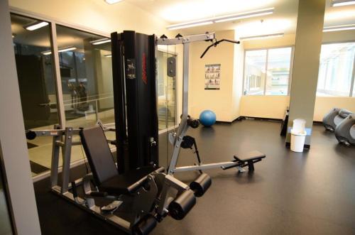 Richmond Apartment Westminster - Richmond, BC V6X 0A5