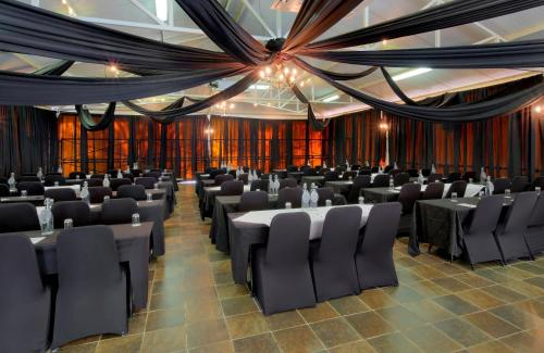 Protea Hotel by Marriott Polokwane Landmark Photo