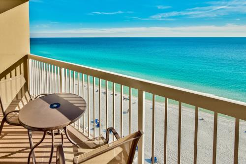 Pelican Beach Resort Condos Photo