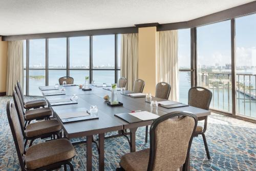 Miami Marriott Biscayne Bay Photo