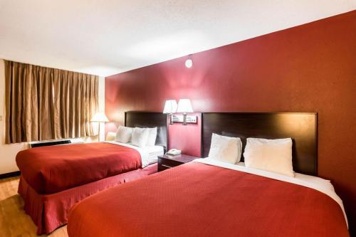 Quality Inn Colby Photo