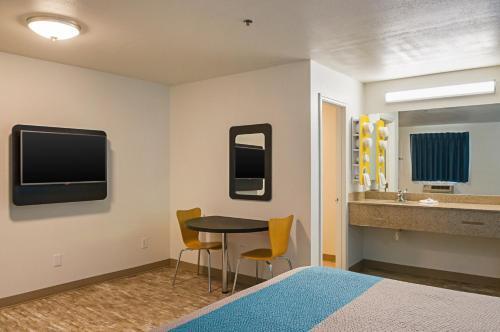 Motel 6 Bay St. Louis - Bay Saint Louis, MS 39520