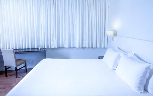 Fratele Business Hotel Photo